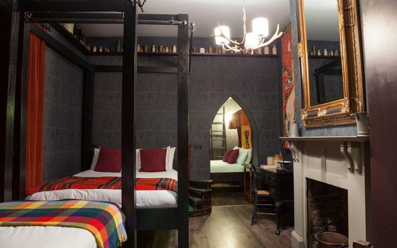 Un h tel londres propose des chambres inspir es de l 39 univers harry potter - Deco chambre harry potter ...