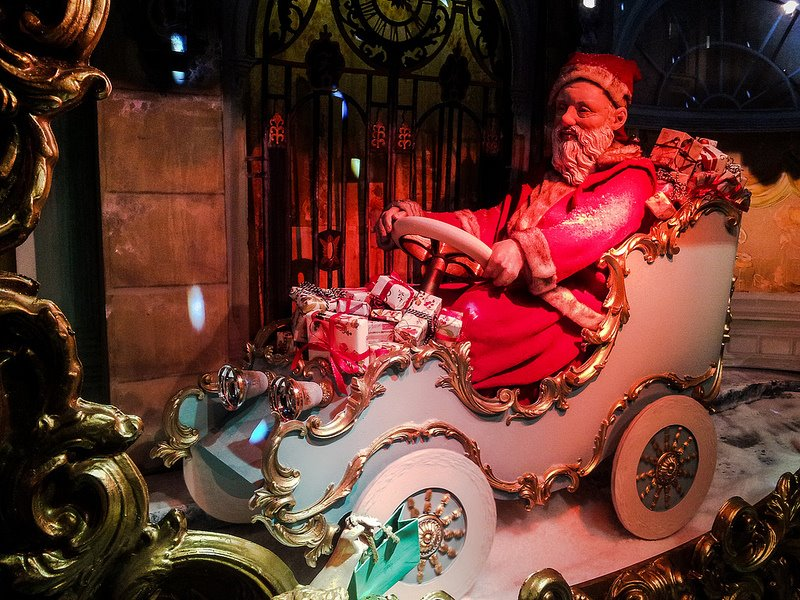 Christmas Windows©Garry knight