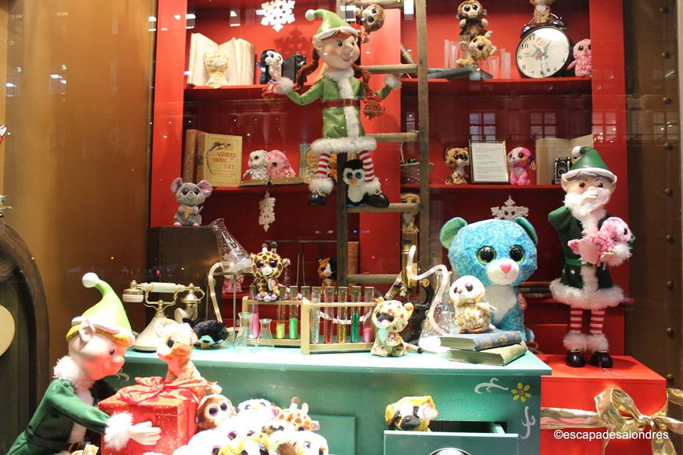 Christmas windows hamleys