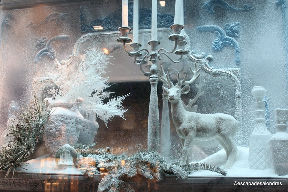 Christmas windows harrods