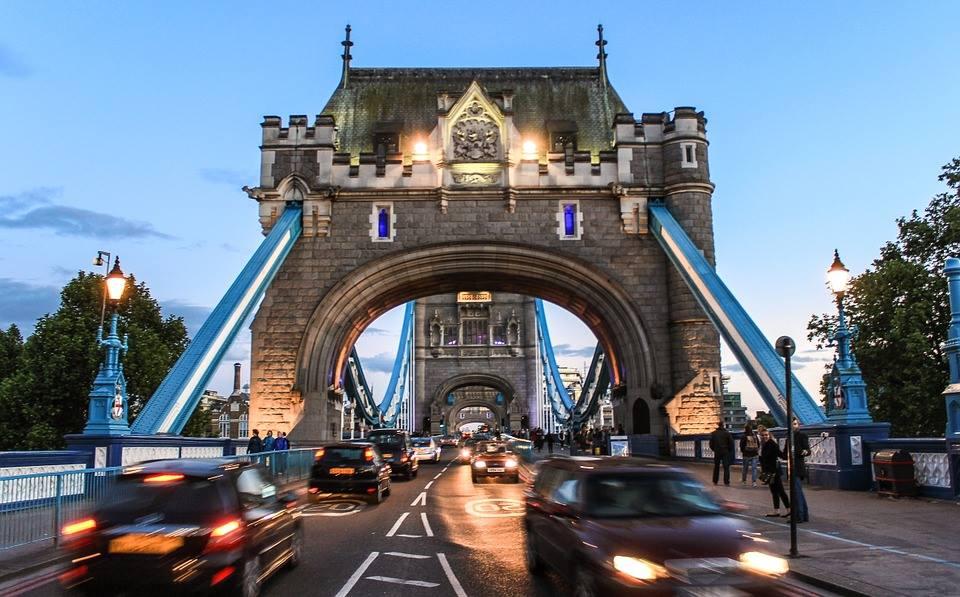Règles d'or à suivre si vous partez à Londres avec votre véhicule
