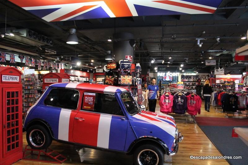 """Où acheter des souvenirs,Tee Shirts ou Mugs """"I Love London""""?"""