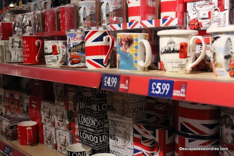 Cool britannia la boutique souvenirs kitchissismes de londres - Boutique londres pas cher ...