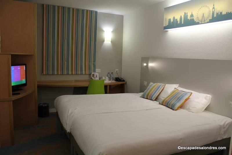 the excel custom house bon plan h tel londres. Black Bedroom Furniture Sets. Home Design Ideas