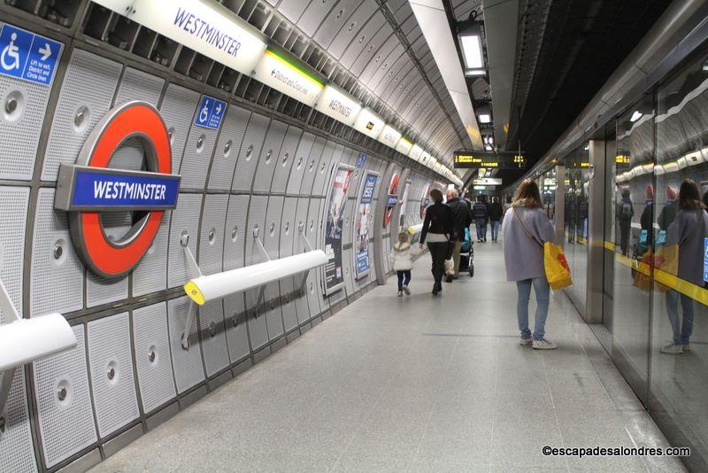 Comment se repérer dans le métro Londonien ?