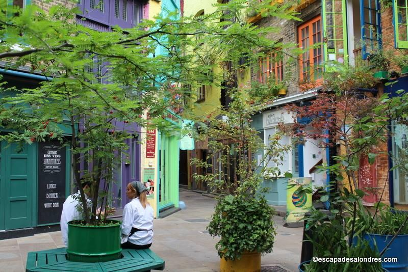 Design le petit jardin covent garden marseille 2112 le matin libre le parisien psg le - Le petit jardin covent garden metz ...