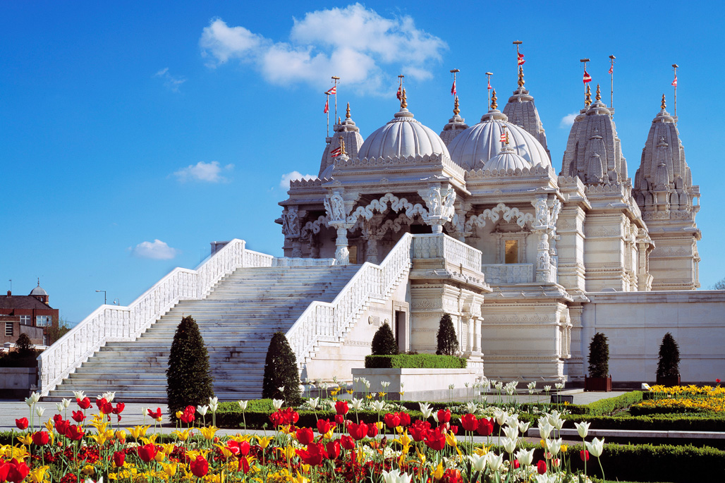 Neasden Temple,le premier grand temple hindou authentique situé à Londres