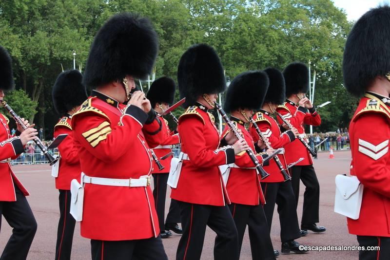 Releve de la garde Royale