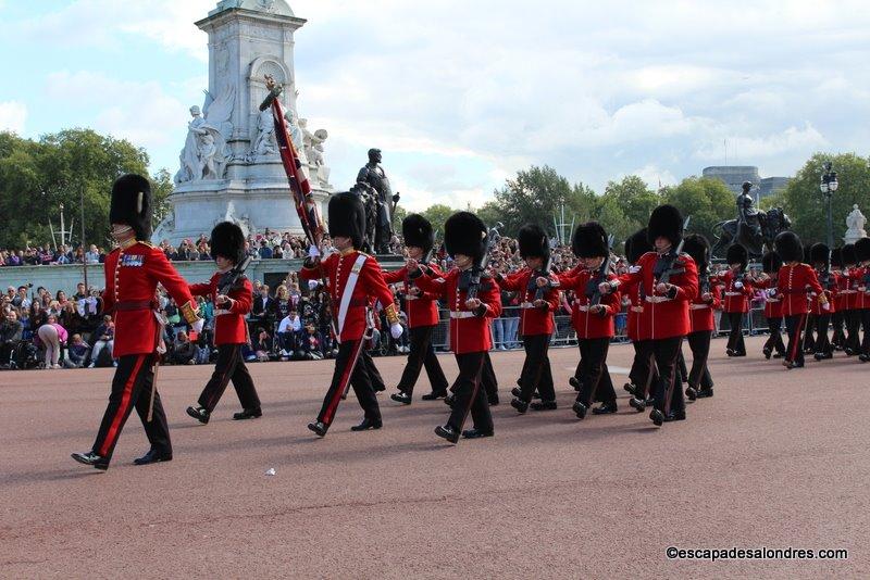 La relève de la Garde Royale à Buckingham Palace