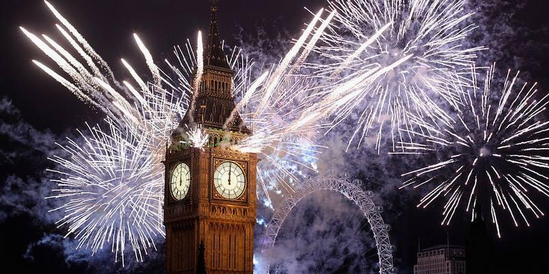 London new year's firework@giggling gigi