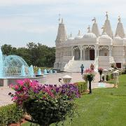 Neasden temple ©kristina d c hoeppner